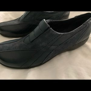Clarks Bendable's